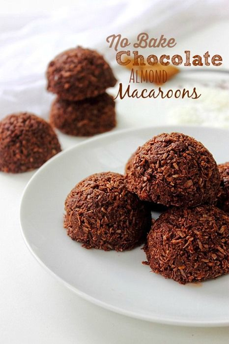 No Bake Chocolate Macaroons! Chewy dense and rich...#vegan #paleo #lowsugar