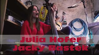 Julia Hofer Jacky Bastek: Toxic (Britney Spears)   HEY! I'M ALIVE! Yes I am. And not just alive I'm also back on the youtube video front! After spending the last three years touring on my own I grew a bit lonely and teamed up with epic Bassist Julia Hofer. I'm very excited to share our new project all about exploring the possibilities that come with various string instruments and just two people. And here is the product of a romantic idea becoming reality: A live version of Britney Spear's…