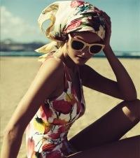swimsuit, beach, Damernas Värld, fashion, Elizabeth Taylor  Photo: Fredrik Wannerstedt/Söderberg Agentur