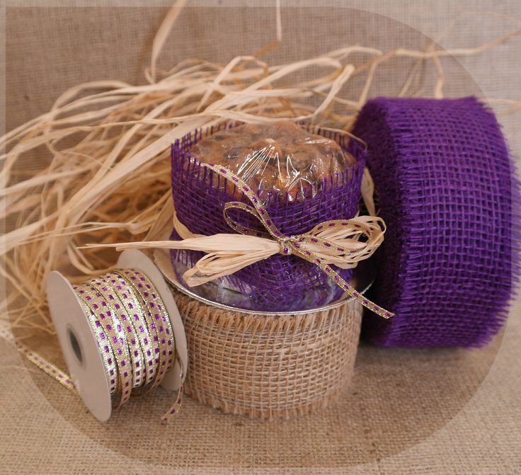 Christmas cake wrap with a touch of bling; with the natural look it is a nice contrast.