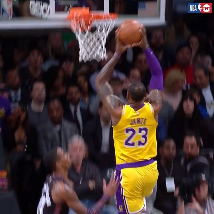 Pin By Carlos Marrero On Lebron James Lebron James Lakers Lebron James Nba