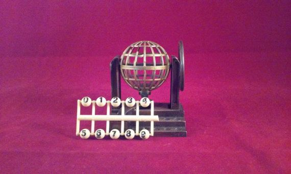 Extremely Rare 1970's Play Me Vintage Miniature Desktop Collectible Metal Replica Gambling Lottery Bingo Machine Sharpener W/ Box