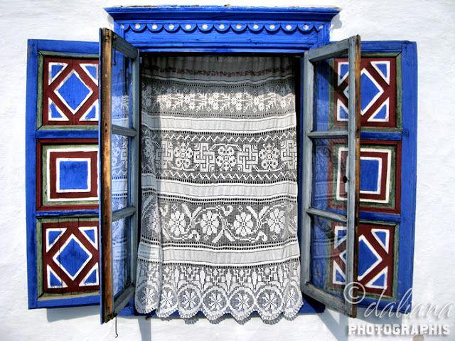 Romanian Traditions/ Village Museum - Gospodărie Jurilovca Muzeul Satului, București http://fotosentimente.blogspot.co.uk/2012/05/gospodarie-jurilovca-muzeul-satului.html http://graphis-artwork.blogspot.co.uk/2012/03/martisor-1st-of-march-romanian.html