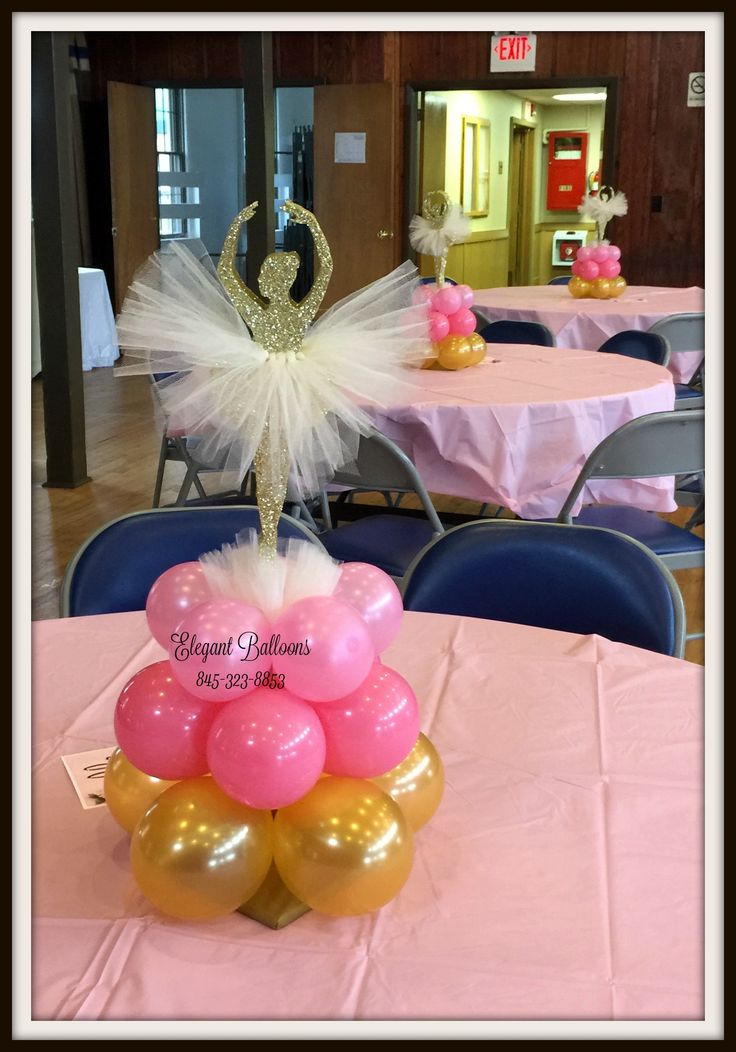 Ballerina first birthday balloons centerpiece #elegantballoons