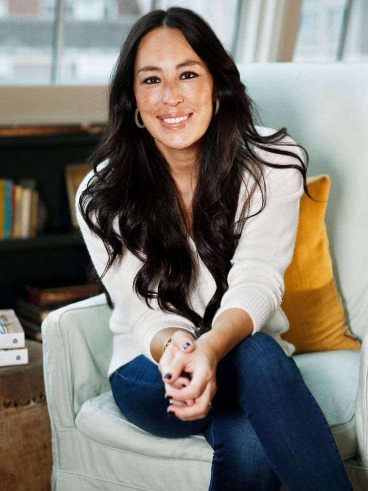 Joanna Gaines Tips For Decorating Living Rooms: Joanna Gaines Shares Adorable Photos Of Son Crew Meeting