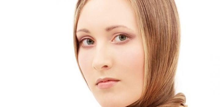 """A nice hairstyle adds character to a person. It also says a lot about a person – their particular style, personality and how old they are. We have compiled these tips on """"Hair Mistakes to Avoid that Makes One Look Older"""". So let's turn back the clock with these youthful tips to try! Avoid these …"""
