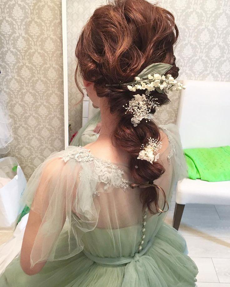 お色直し最後のヘアースタイル☺️ suzuさんのドレス、、 #gm #結婚式 #ブライダル #お色直し #カラードレス #結婚式ヘア #プレ花嫁 #卒花嫁 #ブライダルヘアメイク#山形県 #maisonsuzu