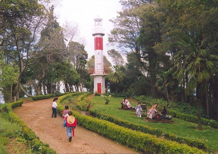 Faro Parque Lota. Chile.