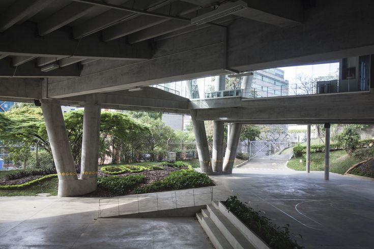 Gallery - La Enseñanza School Auditorium / OPUS + MEJÍA - 2