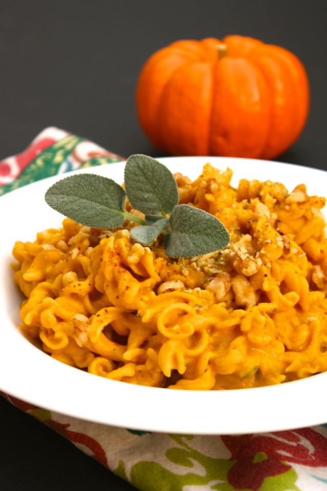 Creamy Pumpkin Sage Rotini and Banza Chickpea Pasta Review