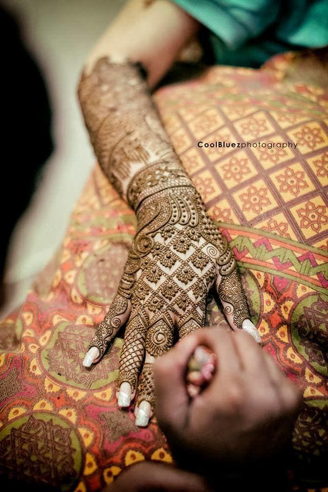 Mehandi - Bridal Mehndi Photos, Hindu Culture, Green Color, Bridal Mehandi, Wedding Rituals pictures, images, vendor credits - CoolBluez Photography - 606.