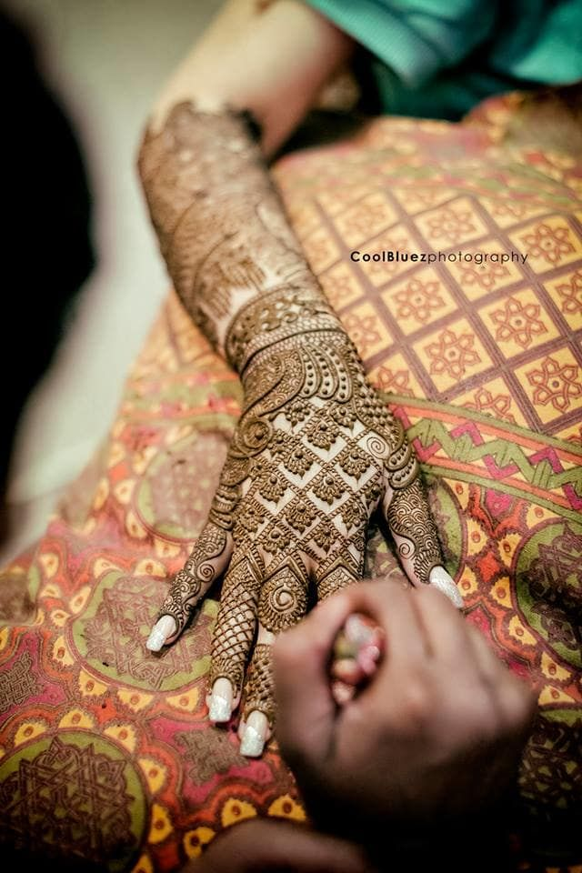 Mehandi - Bridal Mehndi Photos, Hindu Culture, Green Color, Bridal Mehandi, Wedding Rituals pictures, images, vendor credits - CoolBluez Photography - 606.