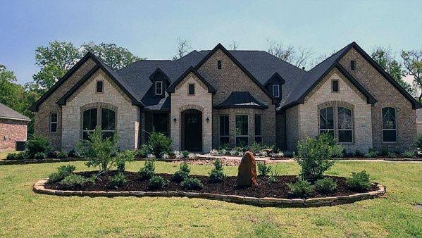 Brick And Stone Exterior Cladding Ideas Brick Exterior House Stone Exterior Houses House Designs Exterior