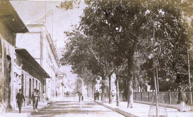 PLAZA BOLIVAR, CARACAS, CIRCA 1890