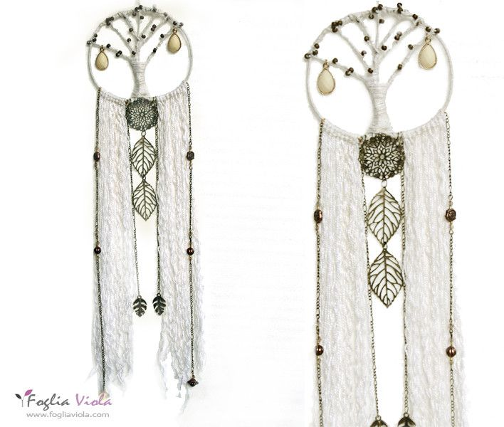 White Tree Dreamcatcher, available :)   . . #dreamcatcher #acchiappasogni #decor #handmade #shaman #white #whitetree #tree #albero #foglia #idearegalo #pagan #leaf #green #fogliaviola #ooak