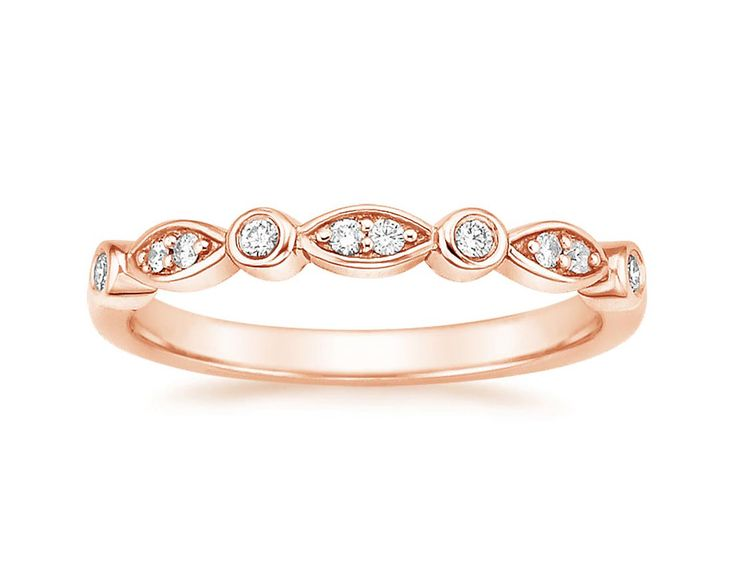 See Jennifer Aniston's Non-Traditional Wedding Ring + Similar Styles You Can Shop via Brit + Co.