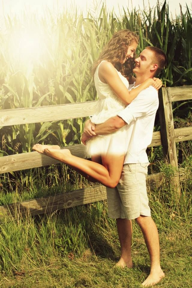 Couples pictures- Brittney Sword photography