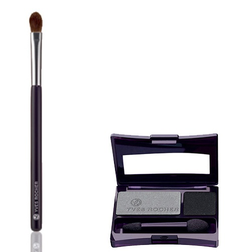 To realize step 5, you will need the Smokey Grey of the Intense Color Duo Eyeshadow in Black and Smokey Grey and the Eye Crease Brush. #makeuptips #yvesrocher