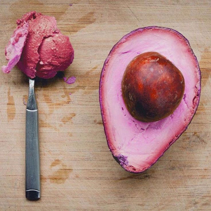 """SYSTÈME de valeurs (@systeme_de_valeurs) on Instagram: """"Dont forget to have a healthy breakfast (fun fact: advacados skins and pits can be used to dye…""""  Loving this pink avocado."""