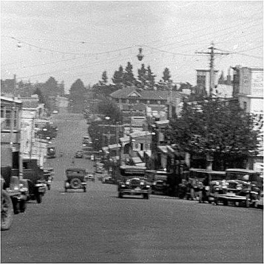 Katoomba St,Katoomba looking south in the 1930s.Blue Mountains region of New South Wales.A♥W