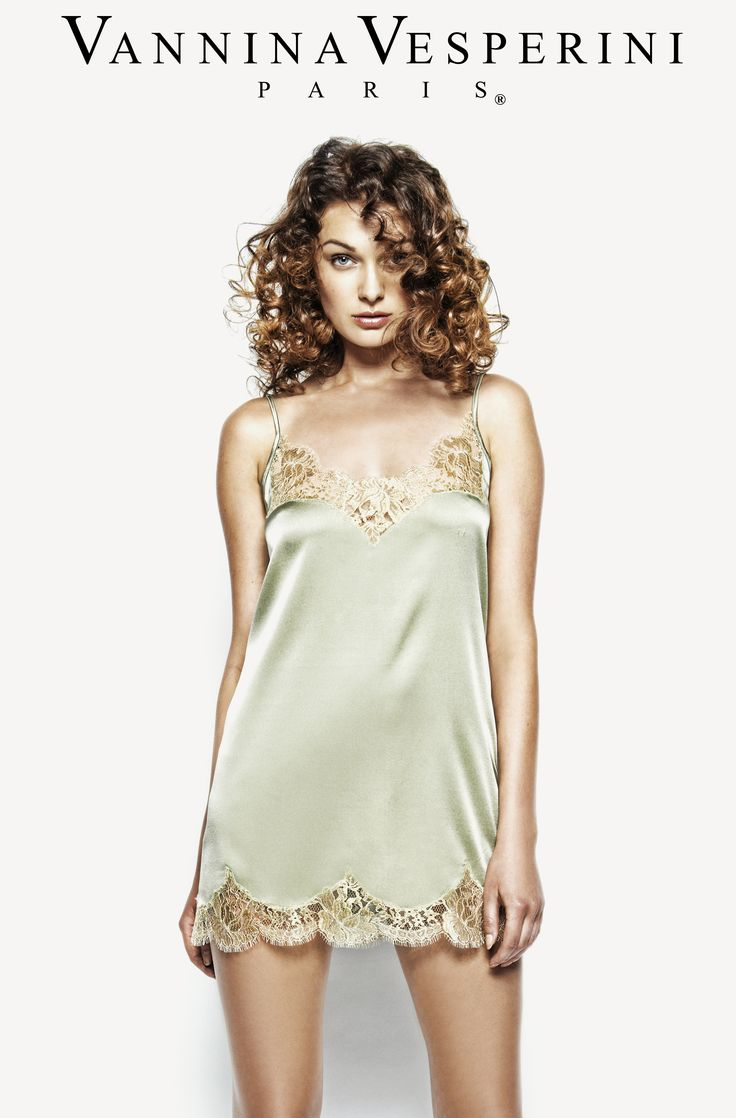 Vannina Vesperini S/S 15 Collection. Splendide theme. Silk Babydoll with French Chantilly Leavers lace in Caviar-Gold color