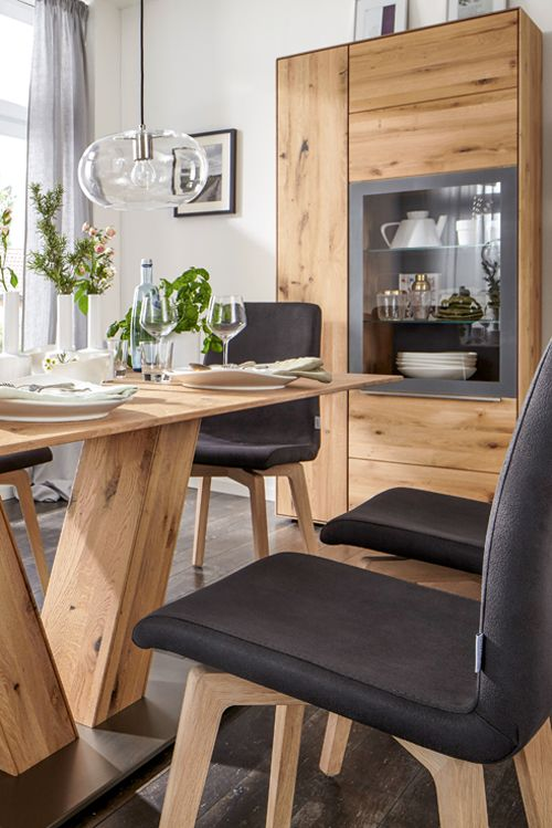 Die besten 25+ Moderne vitrinen Ideen auf Pinterest Holzvitrinen - moderne massivholz esszimmermobel