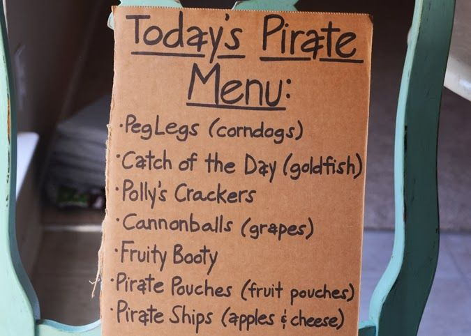 Pirate party food menu. Click through to see MORE food ideas!!   #pirate #party #food