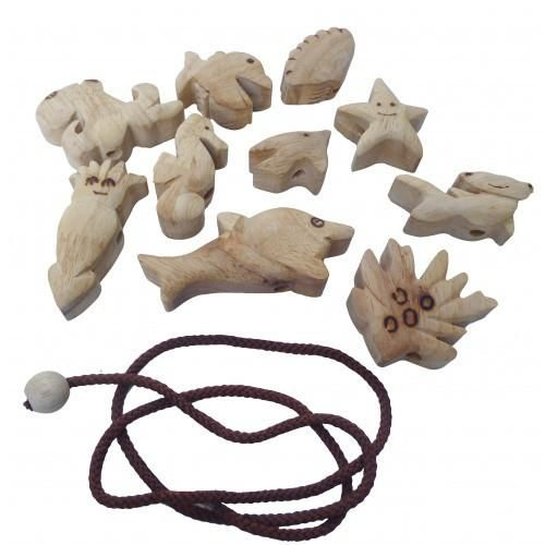 These super-cute sealife beads can be strung together or played with separately. Great for developing hand-eye coordination. This set includes 10 hand-carved fi