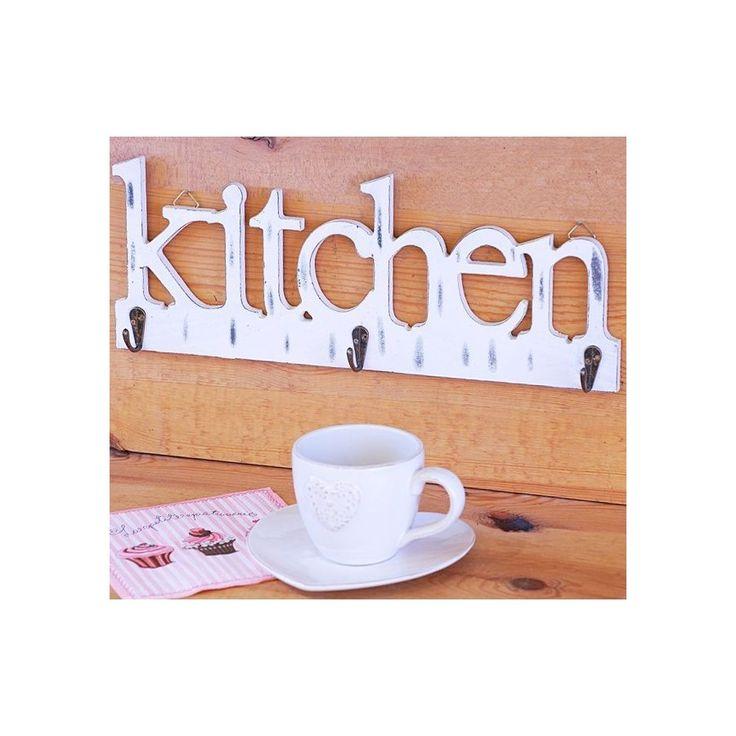 Biały drewniany wieszak shabby chic z napisem kitchen doskonały dodatek do kuchni, uniwersalny kolor dopasuje się do każdego koloru pomieszczenia.
