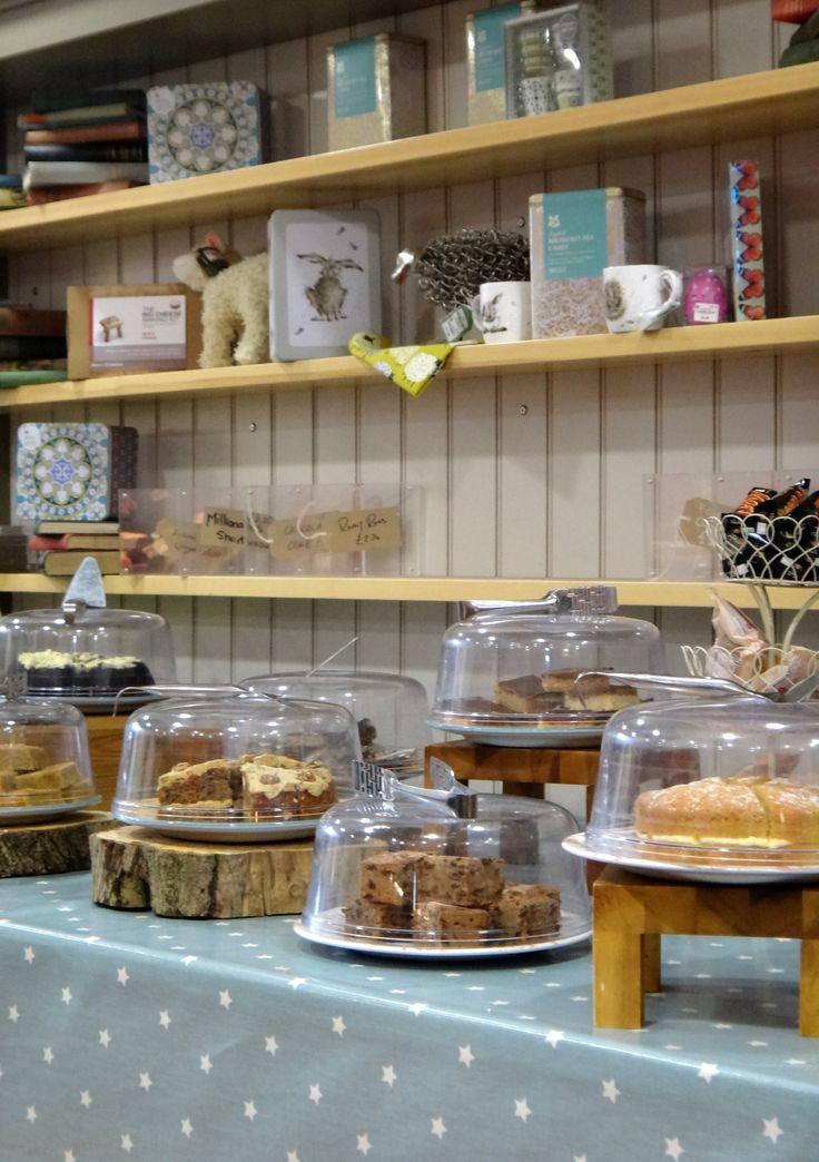 cakes, English baking
