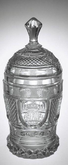 Count Harrach's Glasshouse, Manufacturer1815 - 1820 Ze sbírky vlastníka Corning Museum of Glass    Název: Covered Beaker     Datum: 1815 - 1820     object name: Covered Beaker     manufacturer: Count Harrach's Glasshouse, Manufacturer     dimensions: Overall H: 17.9 cm; (a) Beaker H: 10.8 cm, Diam: 8.2 cm; (b) Cover H: 8 cm, Diam: 7.7 cm     Původ: Bequest of Jerome Strauss