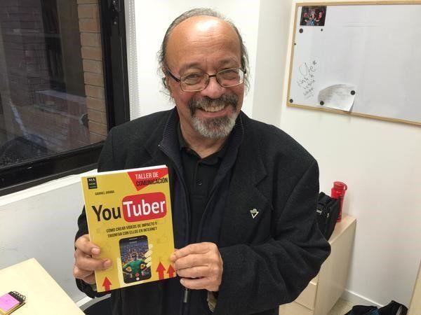 """""""YouTuber. Cómo crear vídeos de impacto y triunfar con ellos en internet"""" es un manual práctico de producción, realización y distribución de vídeos en la red"""