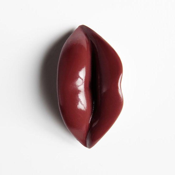 Window Mannequins - lips