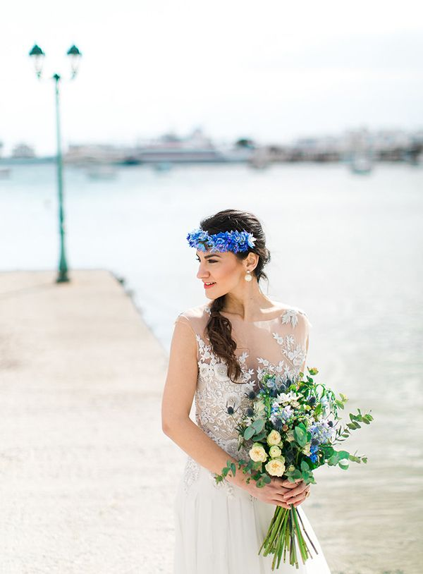 White and blue wedding inspiration in Antiparos - Love4Weddings