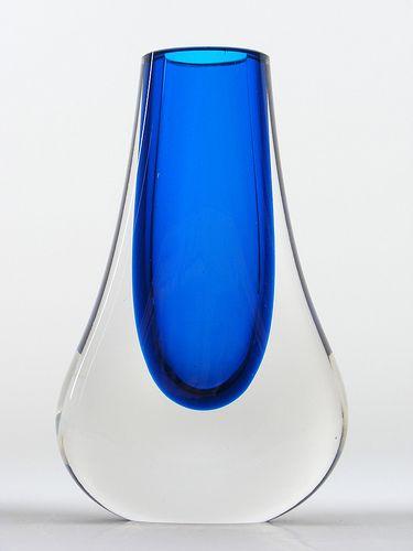 glass vase vessel sommerso 9572 Whitefriars blue cased glass vase