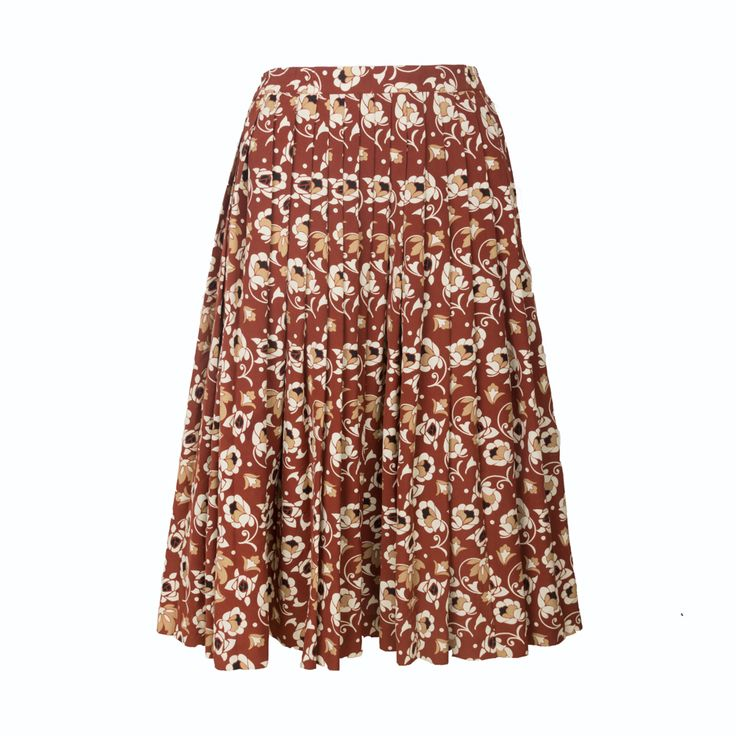 Simply Love Vintage floral skirt with warm red and orange tones. The skirt is suited for a casual look and gives off a village vibe..  Elegant high waist cut, Hits below knees. Retro swing design, Can fit under a petticoat. Classical floral pattern. Suited for Casual Occasions, wedding party or evening prom. Hand wash only, Low temperature for ironing.  made of100% Polyester  size:One Size fit to M-L