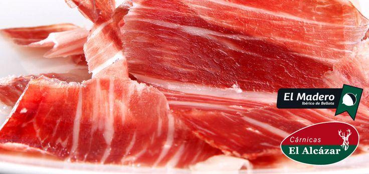 El verano es ideal para que nuestro jamón el Madero esté en perfectas condiciones para disfrutar todavía más de los aromas y matices que esconde esta singular joya gastronómica!!!  Venta directa en tienda La Muela Tel. 956 44 84 45 www.carnicaselalcazar.com