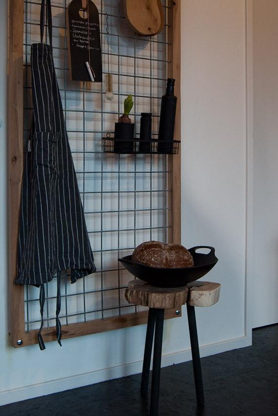 Boomstam bijzettafel en Keukenrek | K & K Shop