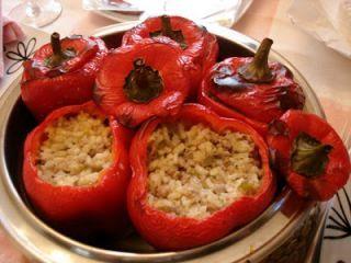 Pimientos rellenos de arroz con carne