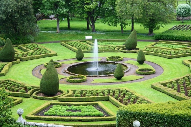 Garden garden pinterest for Garden design channel 4