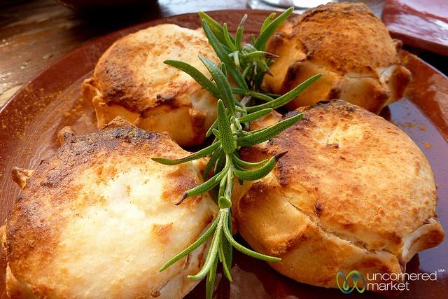 Crete Kalitsounia (Mizithra Cheese pies)