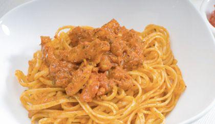 Sughi veloci: pesto cremoso di peperoni, per una pasta gustosa come non mai! | Cambio cuoco