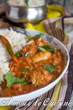 Bonjour tout le monde, Voila une recette que j'aime a un point inimaginable, et je n'aurais pas penser qu'un jour je réaliserai la recette du poulet tika masala, tout simplement par ce que chaque fois qu'on sort en famille au restaurant, et qu'on choisi de manger indien, je demande le poulet tika masala… Mais qu'est ... Plus