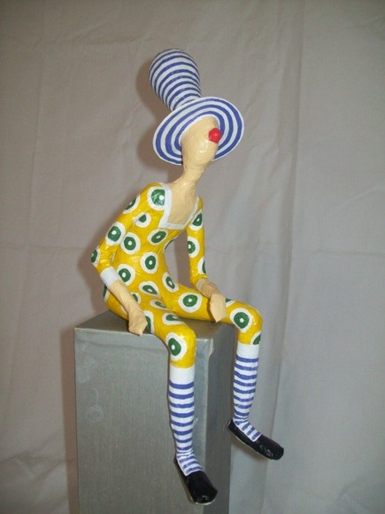 Papier mache clown                                                                                                                                                     Mais
