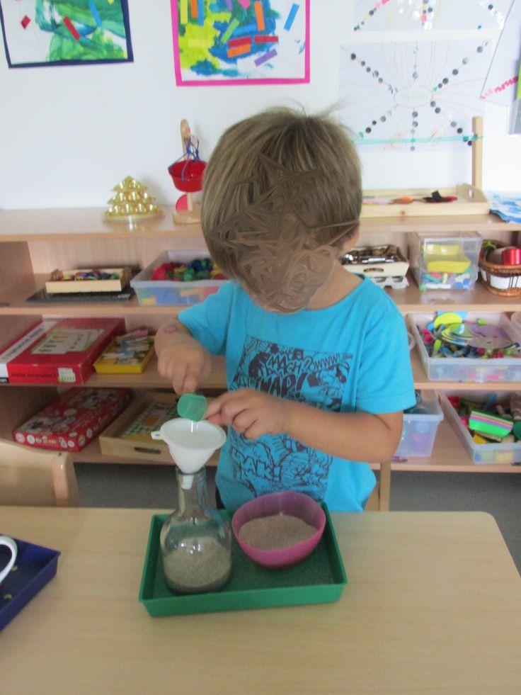 Transfert de sable avec entonnoir (MS Nathaliell)