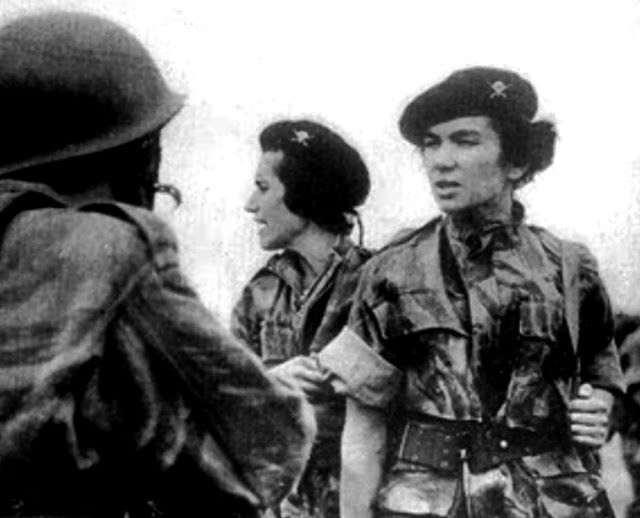 First Portuguese Paratroop Nurses in Angola 1961
