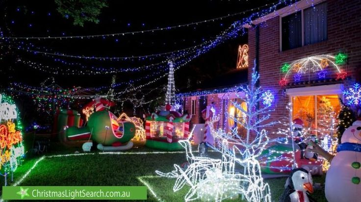 Christmas Lights in Davidson, NSW. http://xmaslights.co/davidson