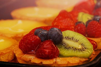 12 Beautiful Fruit Tarts for Summer