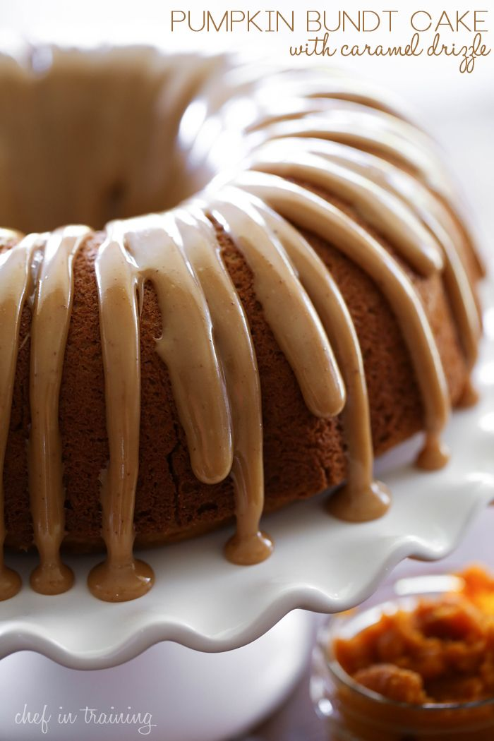 Pumpkin Bundt Cake with Caramel Drizzle - This cake is so moist and the caramel drizzle is SO delicious! The perfect flavor combo!