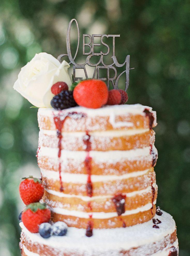 Event Design: Imoni Events - imonievents.com Venue: Omni Resort At Montelucia - http://www.stylemepretty.com/portfolio/omni-resort-at-montelucia Cake: Ruze Cake House - http://www.stylemepretty.com/portfolio/ruze-cake-house   Read More on SMP: http://www.stylemepretty.com/2015/07/21/romantic-intimate-foodie-wedding-inspiration/